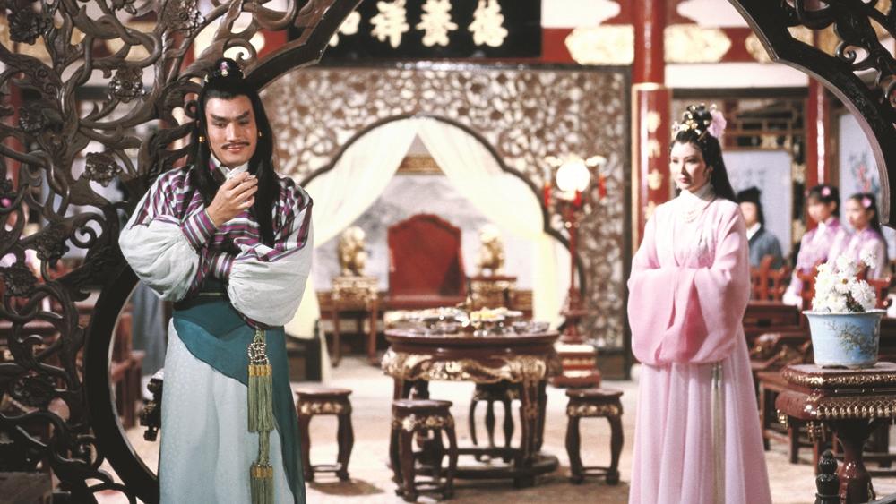 ''Tứ mi mao'' Lục Tiểu Phụng vốn là bằng hữu tốt của hai kiếm khách nổi tiếng Diệp Cô Thành và Tây Môn Xuy Tuyết trong phim ''The Duel Of The Century''