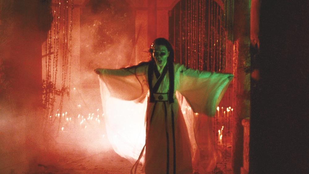 Để trả thù, Thủy Thiên Kiều sẵn sàng luyện thành một thân yêu hồn.