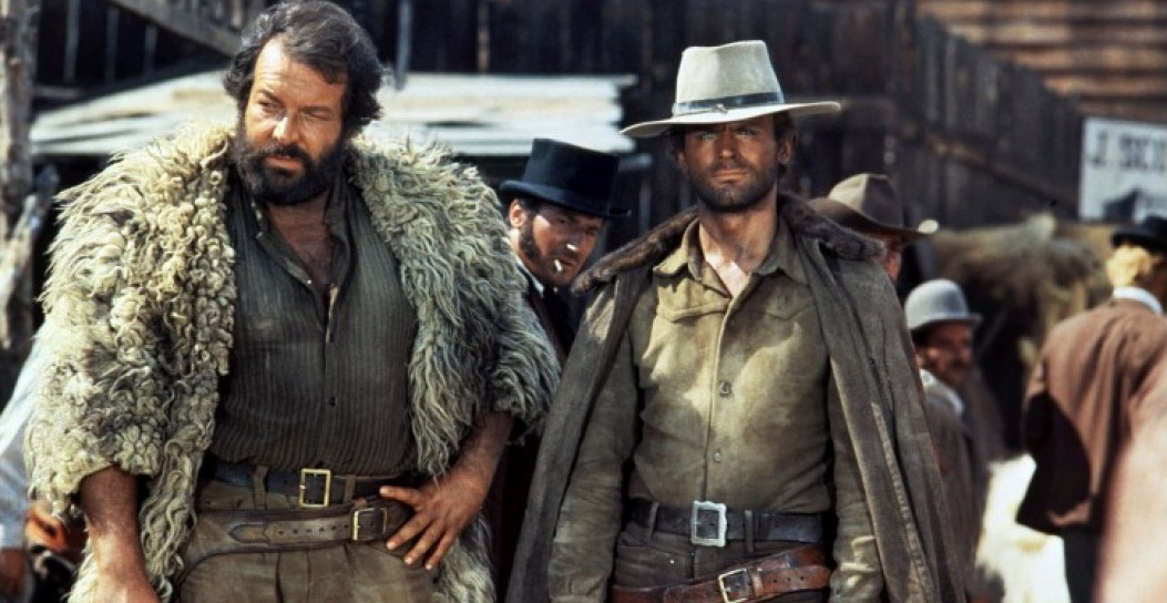 Terence Hill vai Cat Stevens và Bud Spencer vai Hutch Bessy trong phim ''Ace High''.