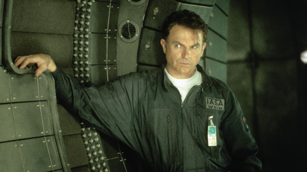 Tiến sĩ William Weir, người thiết kế Event Horizon cũng được mời tham gia phi hành đoàn.