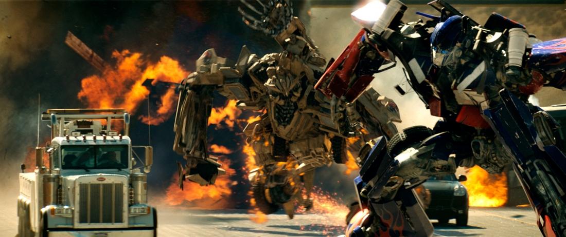 Đối đầu với Deception là Autobot - robot thiện - với sứ mệnh ngăn chặn Megatron tìm và sử dụng quyền năng nguyên sơ trong thực thể Lập phương.