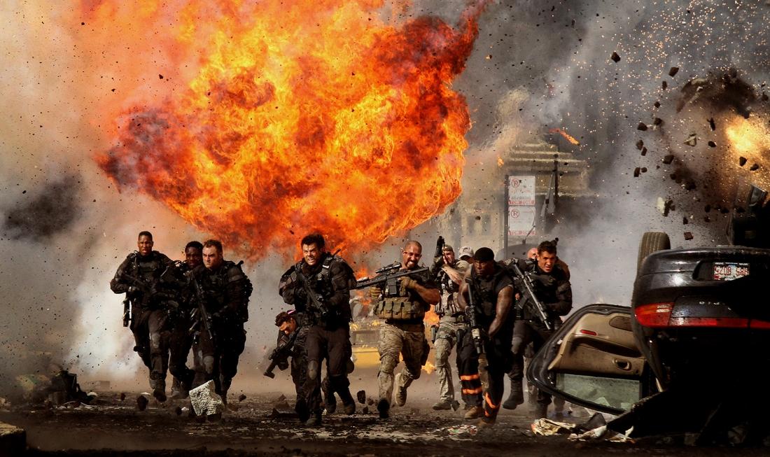 ''Transformers'' luôn ghi điểm với khán giả nhờ đại tiệc kỹ xảo hình ảnh vô cùng đẹp mắt và ấn tượng trong mỗi tập phim.