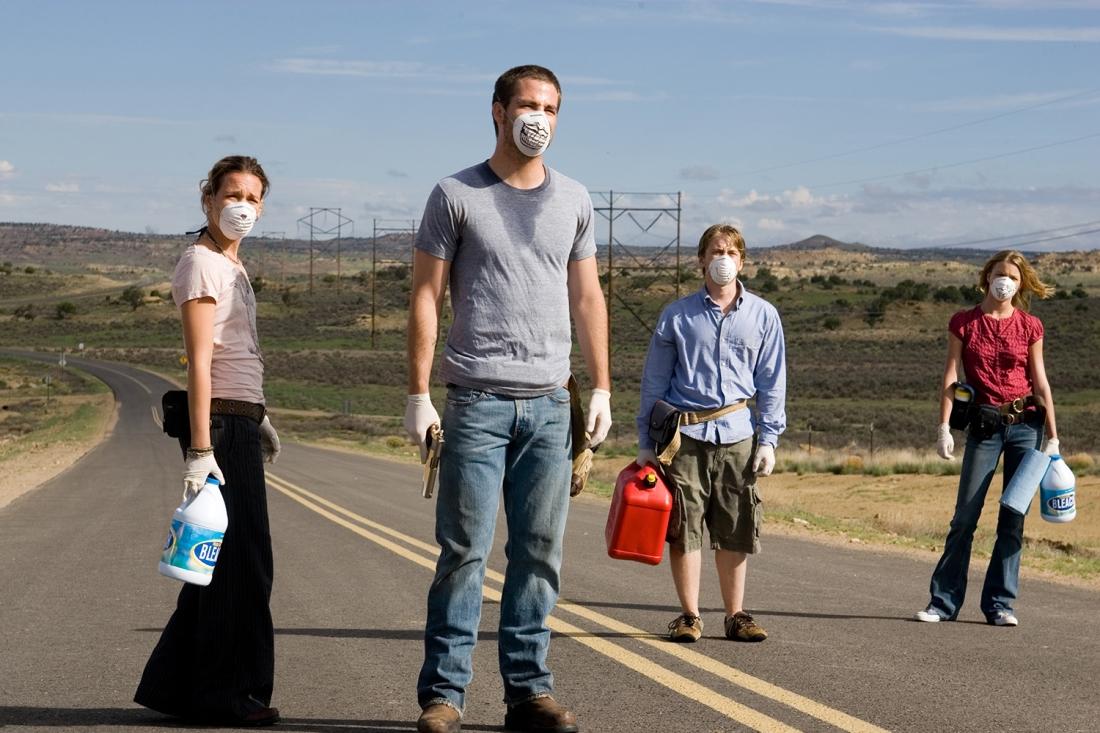 Cuộc sống bình yên ở một thị trấn nhỏ - nơi những người bạn thân thiết Danny Green, Brian Green, Bobby và Kate đang cư ngụ - bỗng chốc đầy rẫy sự chết chóc.