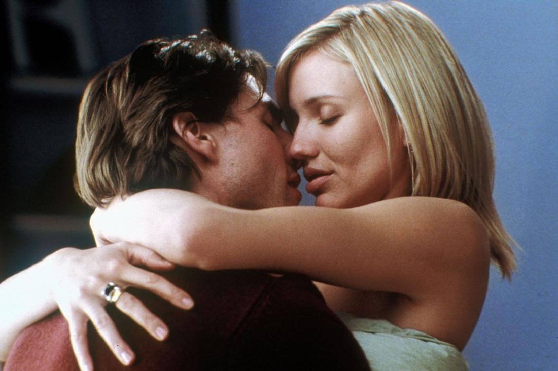 David Aames và Julie Gianni là cặp tình nhân có một tình yêu đẹp.