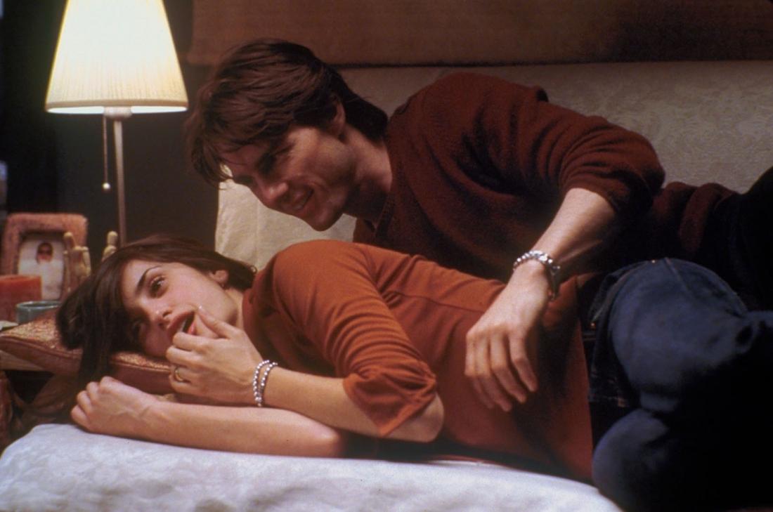 Tuy nhiên, David lại nảy sinh tình yêu sét đánh với Sofia Serrano và có ý định rời bỏ Julie.