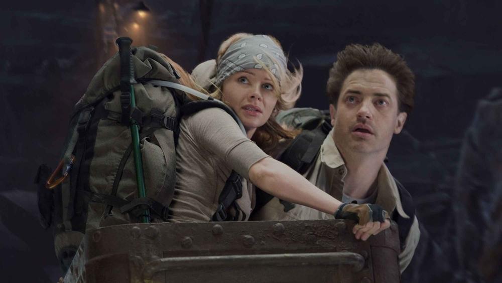 Đi cùng anh là cậu cháu trai Sean và cô hướng dẫn viên leo núi Hannah.