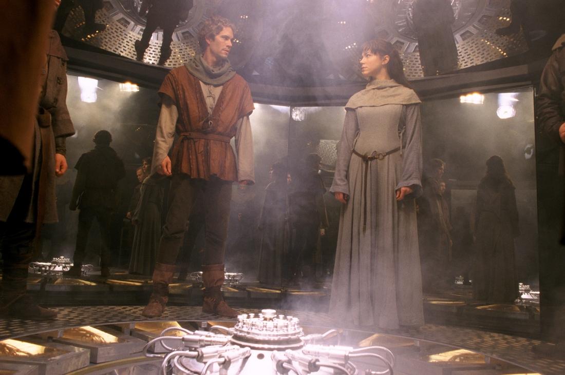 Hai nhân vật Chris Johnston và Kate Ericson trong phim.
