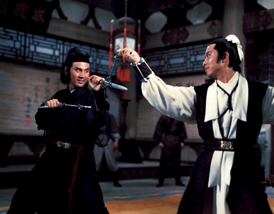 Lục Hương Xuyên đối phó với kẻ muốn hạ sát mình.