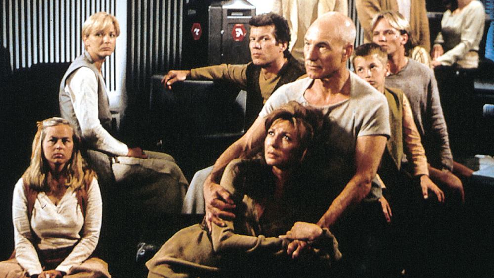 Một phân cảnh khác trong phim ''Star Trek: Insurrection''