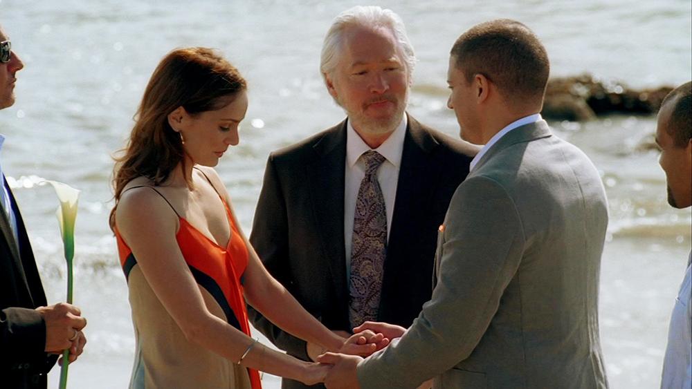 Sara bị bắt ngay trong đám cưới của mình và Michael vì bị tình nghi giết Christina Scofield.