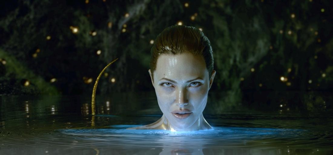 Khi người anh hùng tìm tới hang ổ của Grendel, mụ phù thủy hiện ra trước mặt chàng dưới hình hài một phụ nữ đẹp mê hồn.