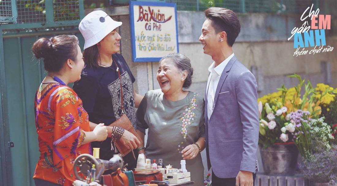 Bà của Kai luôn sẵn sàng dang rộng vòng tay đón lấy con cháu mình mặc cho chúng đã phạm lỗi lầm lớn đến đâu đi chăng nữa.