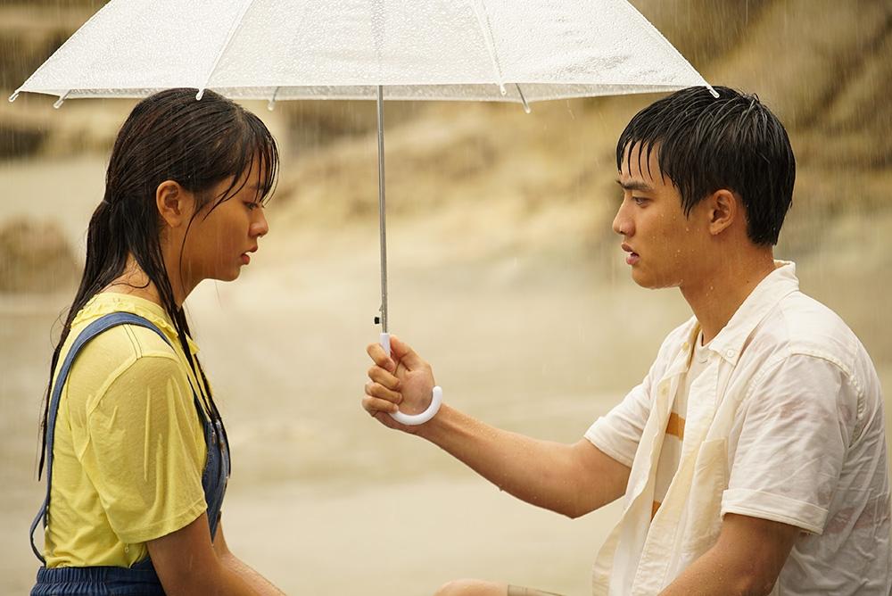 Kim So Hyun vào vai Soo Ok - mối tình đầu thuần khiết của Beom Sil (D.O.).