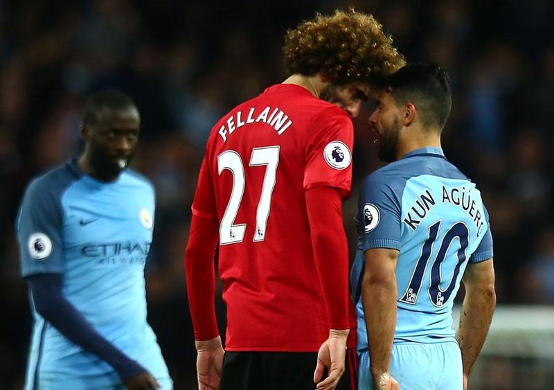 Căng thẳng derby thành Manchester.
