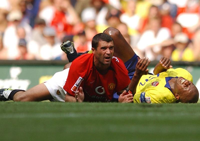 Mối thủ không đội trời chung giữa 2 cựu sao Roy Keane và Patrick Vieira.