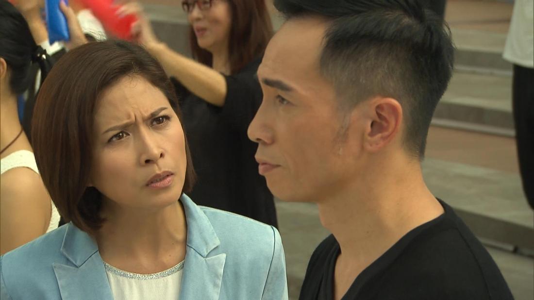 Cũng vì sự nghiệp mà cuộc hôn nhân của Bách Ngôn và vợ anh là Tăng Bảo Lâm dần đi đến rạn nứt.