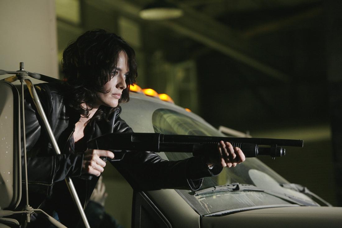 Với khuôn mặt góc cạnh và ánh mắt sắc sảo, nữ diễn viên người Anh Lena Headey được mời thủ vai Sarah Connor.