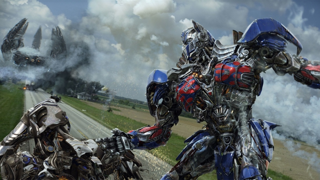 Ở phần 4, đạo diễn Michael Bay đã mở ra một câu chuyện mới với cốt truyện và bối cảnh khác những phần khác nhưng vẫn xoay quanh Autobot và Decepticon.