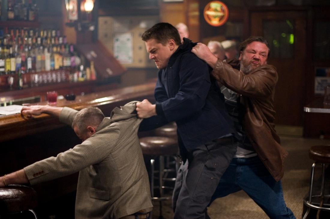 """""""The Departed"""" kể câu chuyện về cuộc chiến giữa cảnh sát của vùng Boston và băng nhóm mafia của một tay trùm gốc Ái Nhĩ Lan."""
