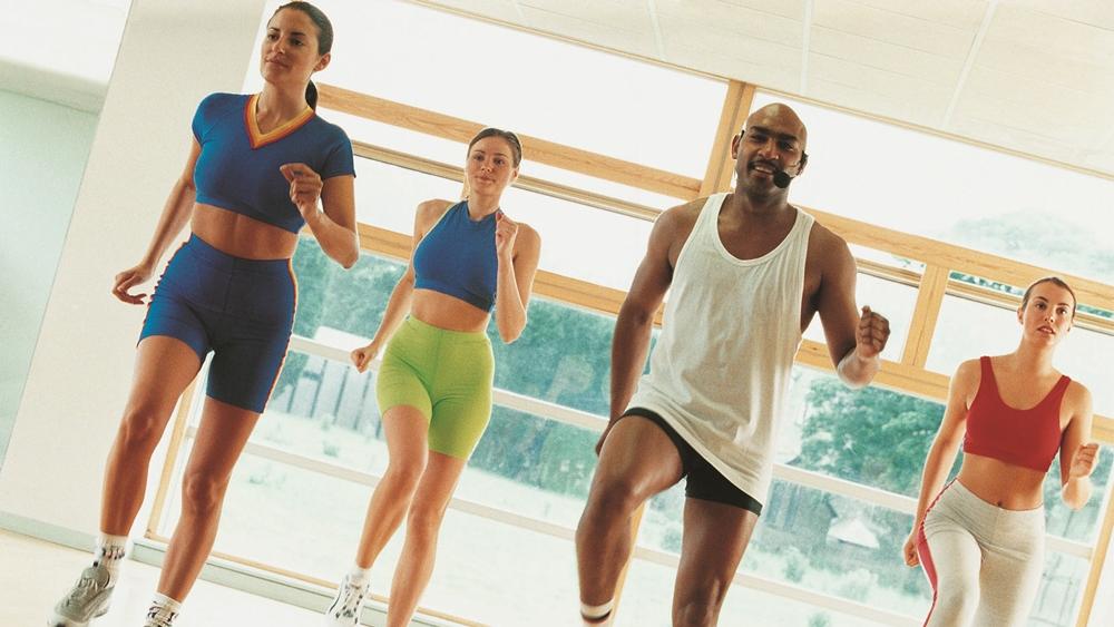Tập aerobic dễ dàng, đơn giản và có thể thực hiện ở mọi nơi.