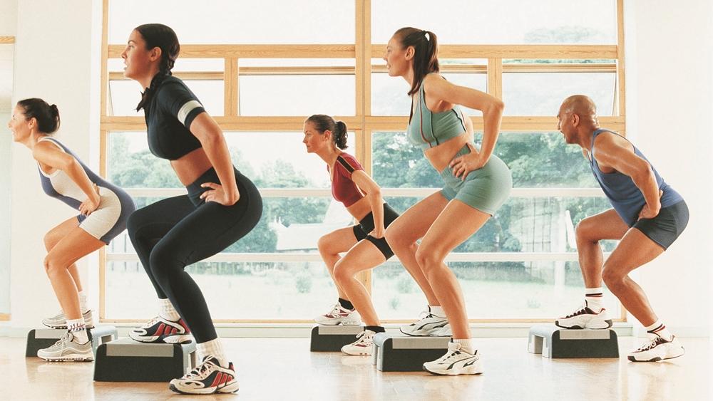 Aerobic là phương pháp tập luyện ngày càng phổ biến với chị em phụ nữ.