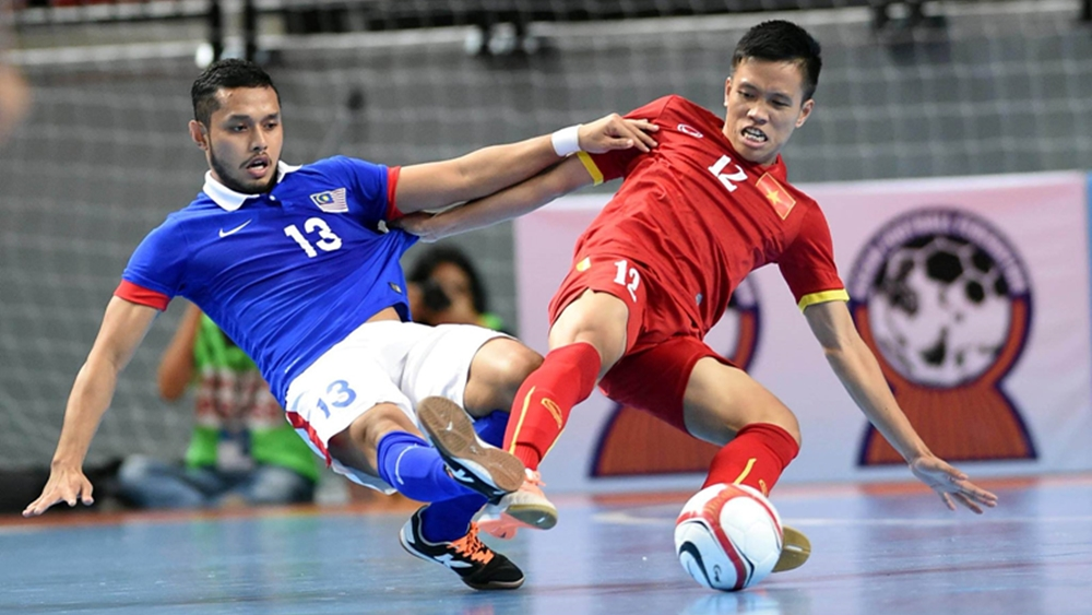 Đội tuyển futsal Việt Nam trong trận đấu với Malaysia.
