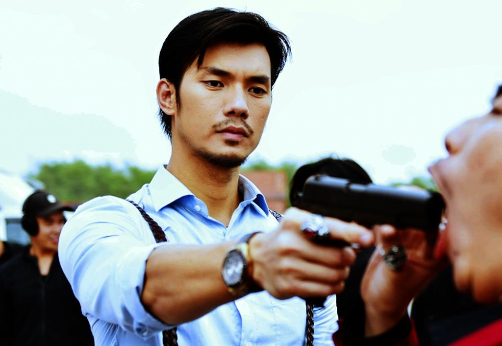 Nhan Phúc Vinh vào vai Thiên Bá  trong ''Chí Phèo Ngoại Truyện''.