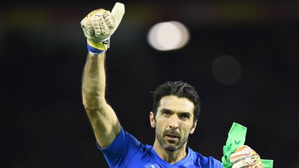 Thành công lớn nhất của Buffon với Azzurri là chức vô địch World Cup 2006.