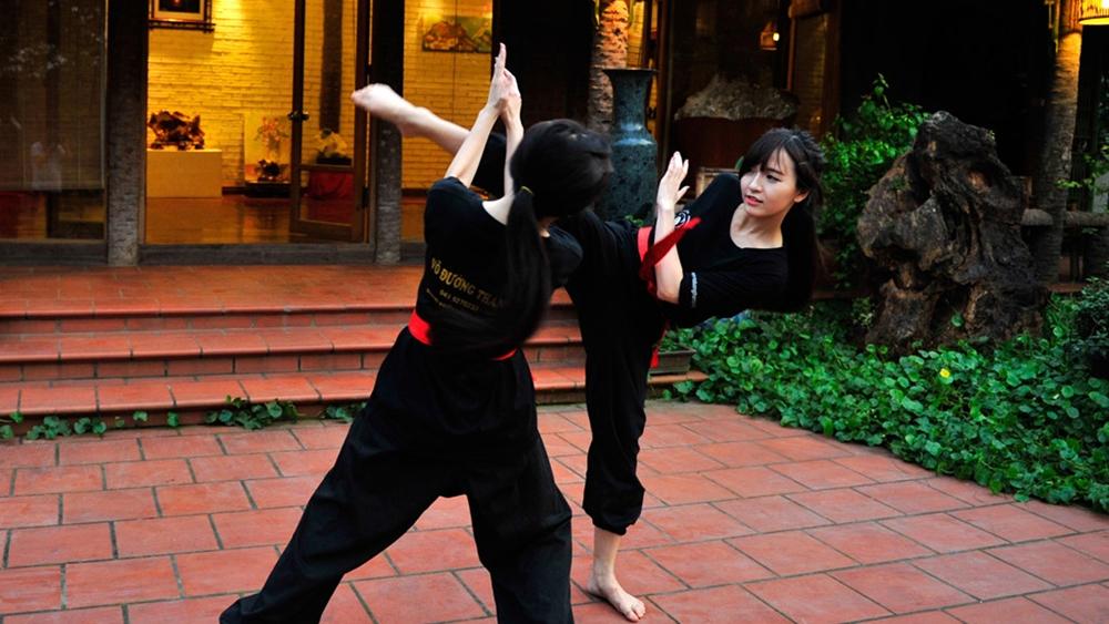 Võ cổ truyền được người Việt sáng tạo và bồi đắp qua nhiều thế hệ, hình thành nên kho tàng những đòn, thế, bài quyền, bài binh khí, kỹ thuật chiến đấu đặc thù.