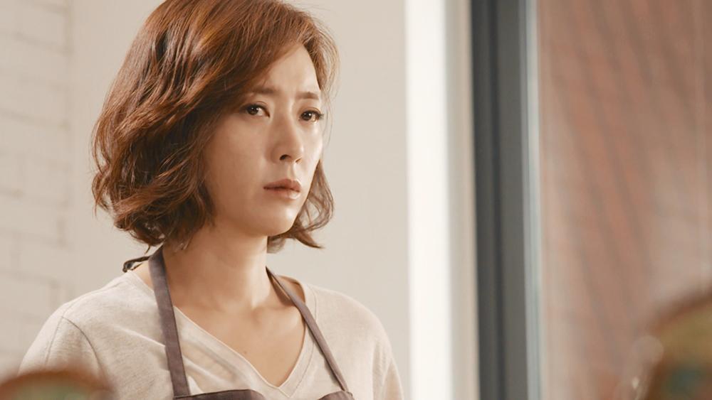 Han Seung Hee là một người phụ nữ gặp nhiều biến cố và khó khăn