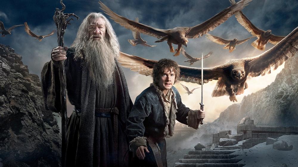 Chàng Hobbit quả cảm Bilbo và những người lùn lúc này đang ở rất gần Erebor và kho báu lẽ ra thuộc về họ.