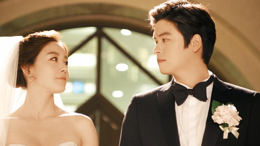 Số phận đã đưa cô và anh chàng thư sinh nhà nghèo Jang Woo đến với nhau