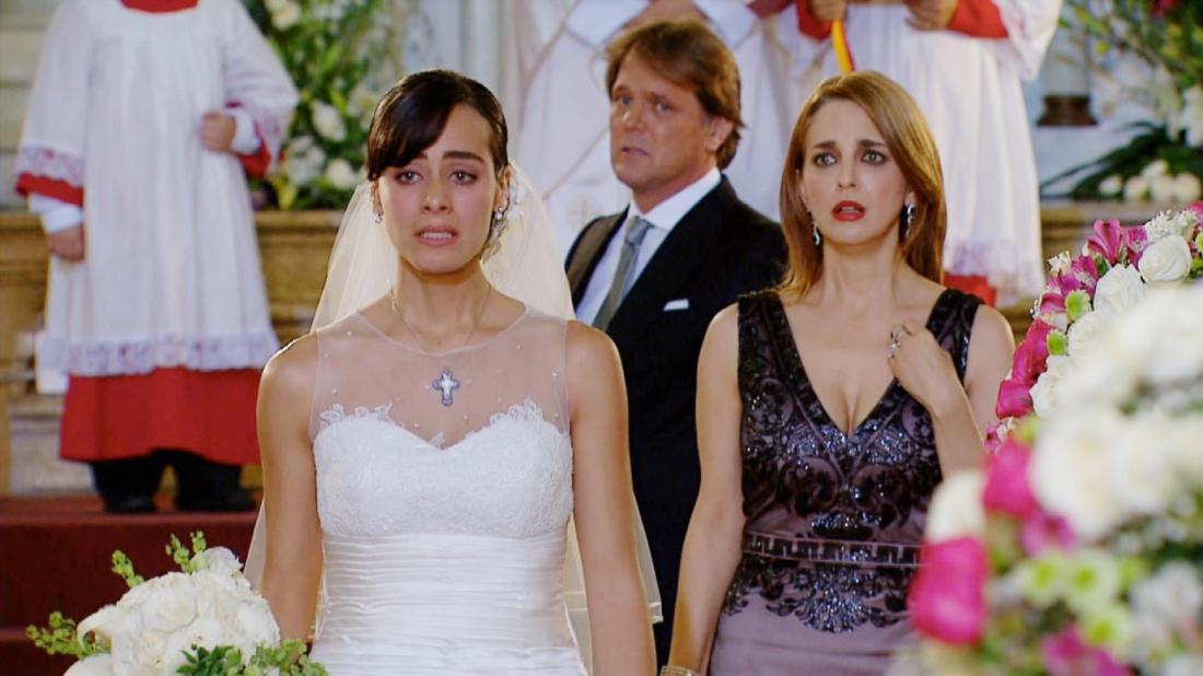 Nhiều năm sau, đám cưới của Lucia cũng bị phá hỏng bởi cô em cùng cha khác mẹ Nora.