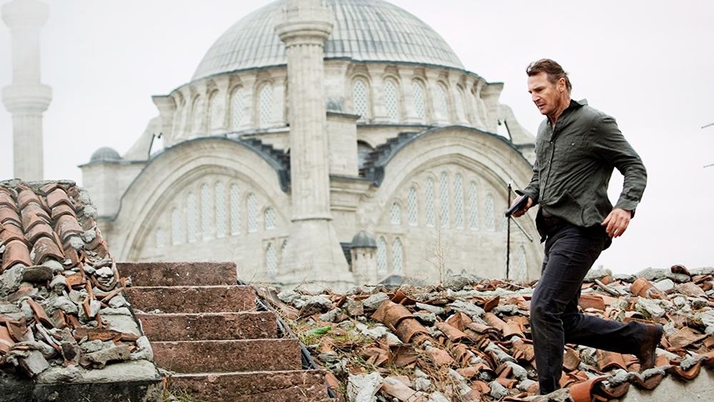 Liam Neeson trong vai Bryan Mills