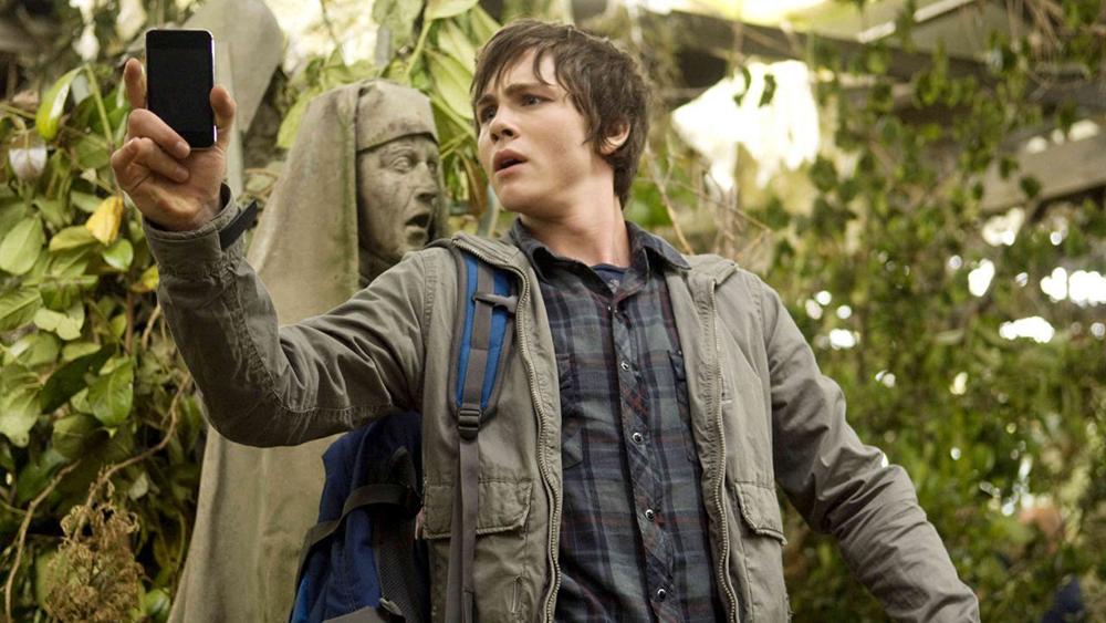 Tính mạng của Percy rơi vào vòng xoáy nguy hiểm