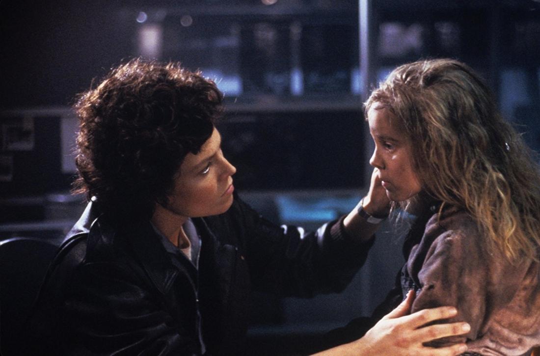 Sau thảm kịch trên tàu Nostromo, Ellen Ripley là người còn sống sót duy nhất.