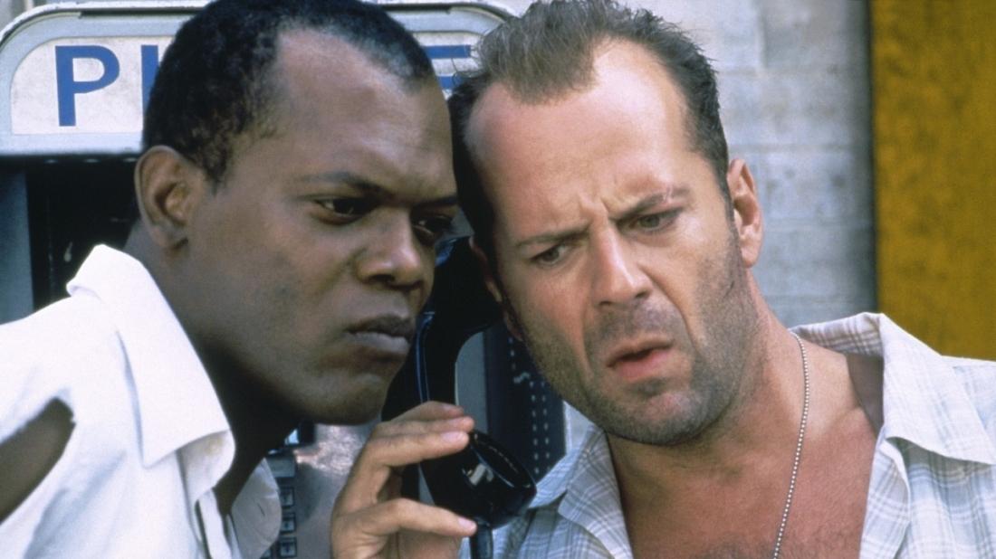 Trong phần 3, John McClane hợp tác cùng Zeus Carver trong phi vụ chống khủng bố.