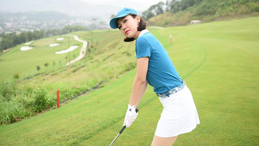 Đối với những người mới tập golf thì việc đọc các hướng dẫn về học đánh chơi golf cơ bản là điều cần thiết.