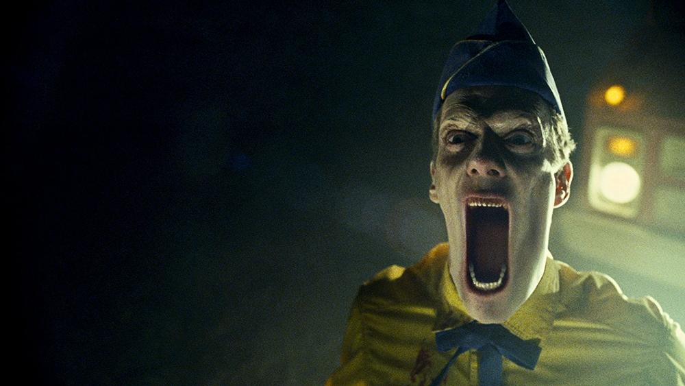 ''Legion'' đề cập về cuộc đấu tranh sinh tồn giữa đạo quân ác thần hùng mạnh và loài người chỉ có sự trợ giúp của thiên thần Michael.