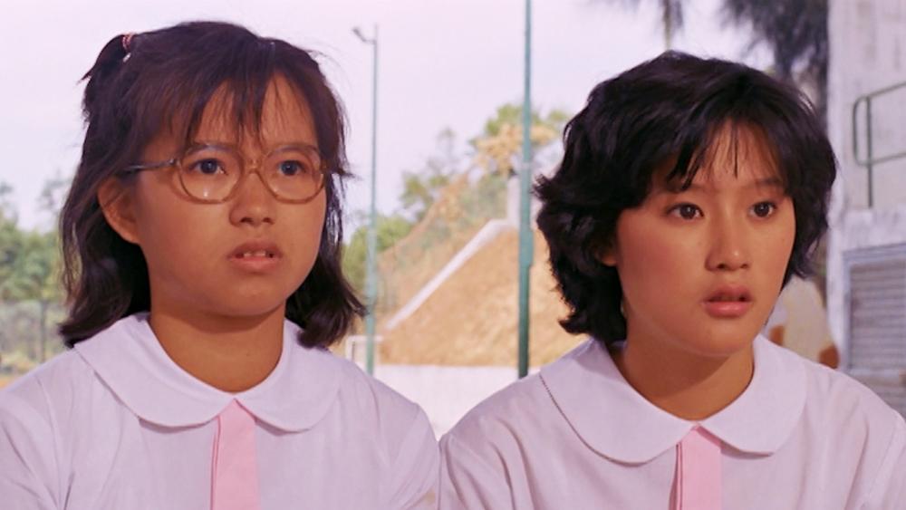 Đinh An An và Ưng Tinh là chị em họ, sinh cùng ngày cùng tháng