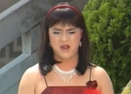 Nam diễn viên giả gái trong tuyển tập hài 'Giấc Mơ Bao Công'