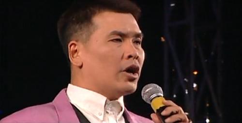 Nghệ sĩ Hữu Nghĩa trong vai MC