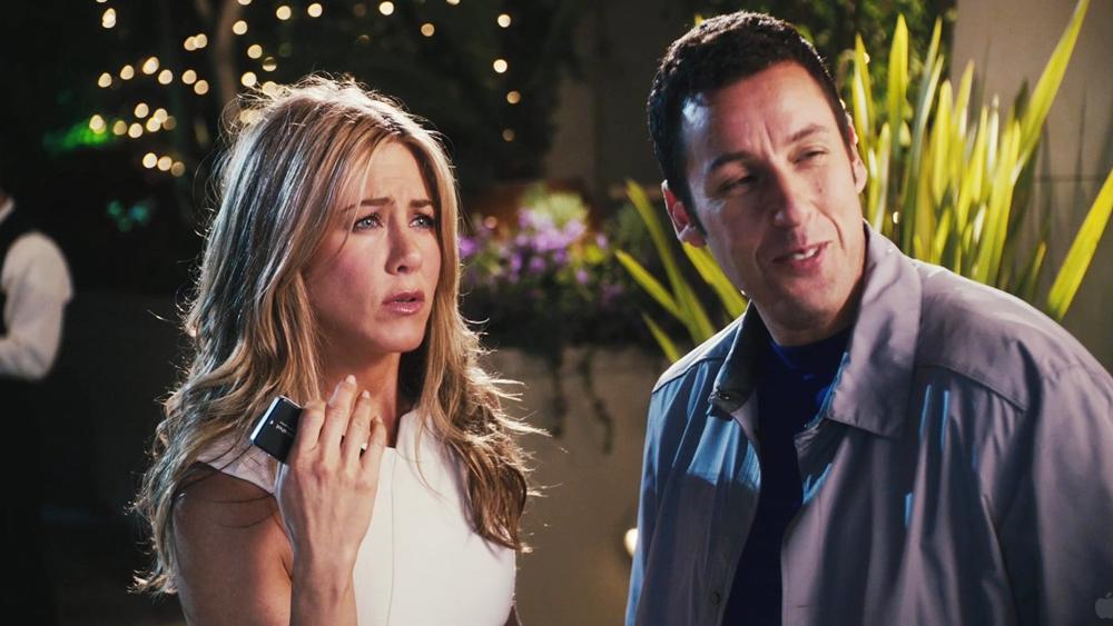 Danny nhờ cô trợ lý tận tụy Katherine đóng giả thành cô vợ đỏng đảnh khó tính