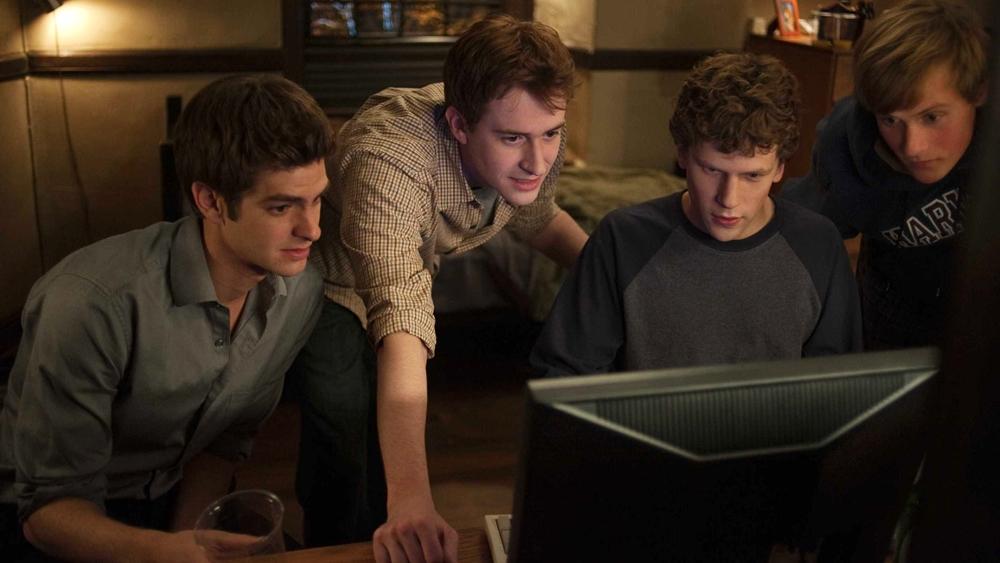 Phim là câu chuyện về quá trình hình thành và phát triển một cách nhanh chóng của mạng xã hội lớn nhất hiện nay: Facebook