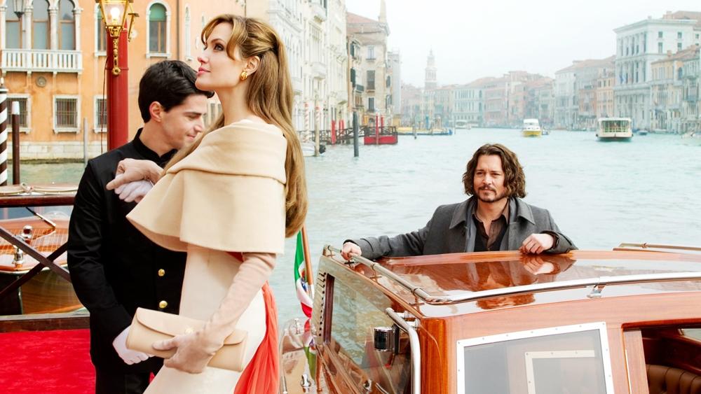 Một cảnh trong phim ''The Tourist''