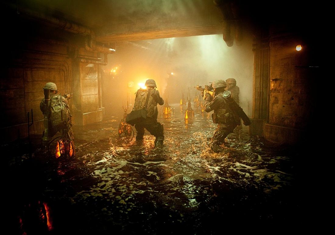 Tại đây, một nhóm lính thủy đánh bộ kiên cường đã đứng lên chiến đấu để bảo vệ cho nhân loại trước nguy cơ diệt vong.