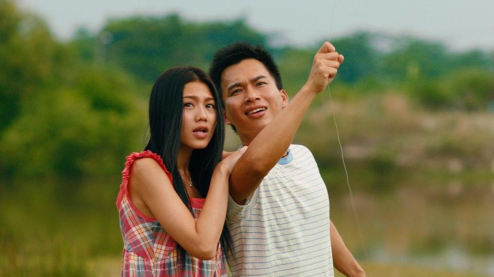 Cậu thanh niên nghèo làm diều Trần Thiên Tống yêu cô tiểu thư nhà giàu Cao Thi Cầm