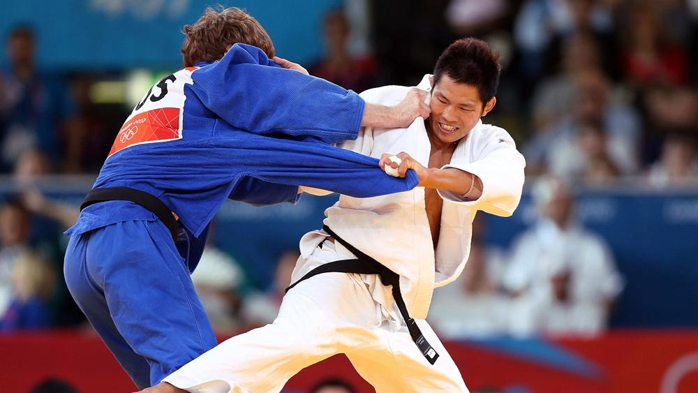 Judo bắt nguồn từ kỹ thuật đấu võ tay không gọi là Jujisu của các võ sĩ đạo samurai Nhật Bản.