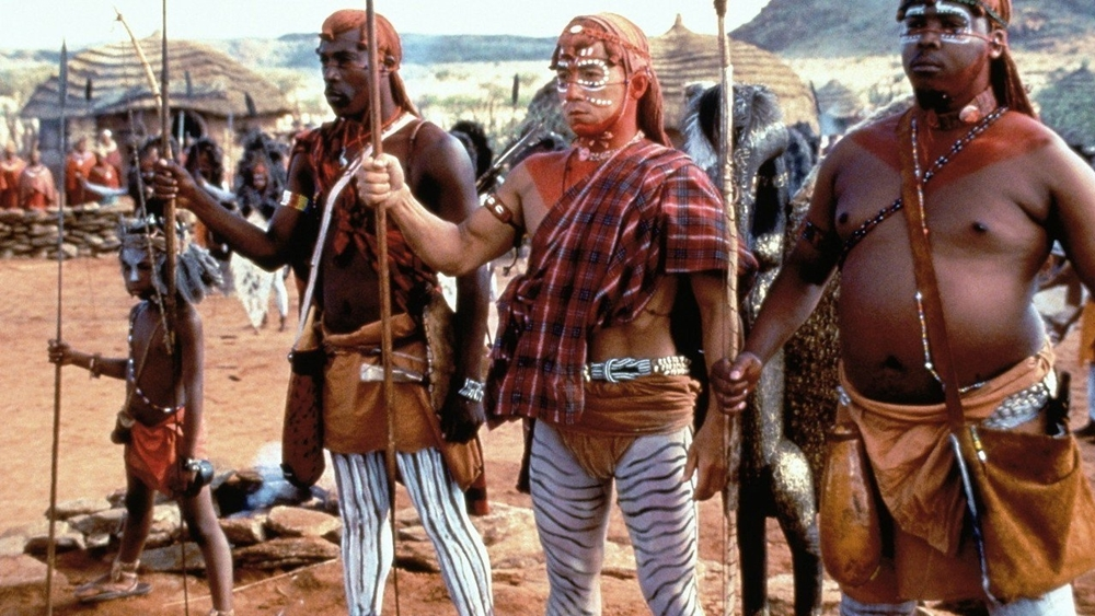 Anh được người dân một bộ lạc đưa về cứu chữa nhưng lại quyết định lên đường đi tìm lại thân phận thật của mình.