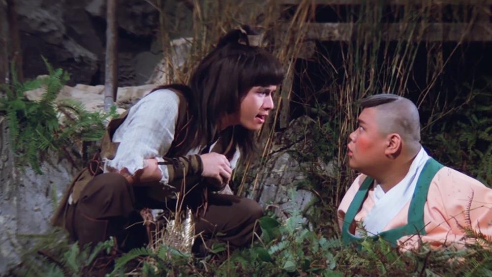 Tiểu Ngư Nhi là đứa trẻ năm xưa đã lên đường đi tìm Giang Cầm để trả thù